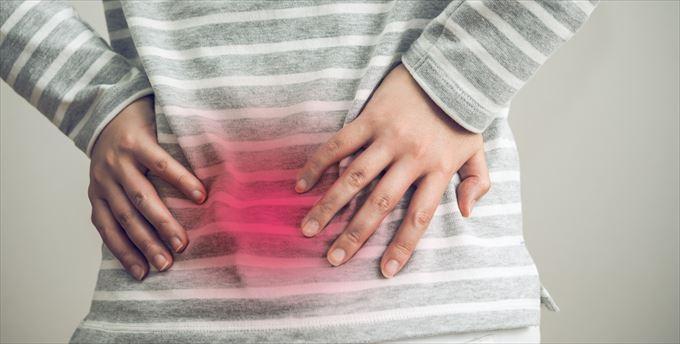 朝目覚めると首や腰に痛みがあります。寝具に問題があるのでしょうか?