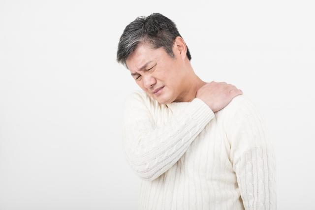 肩や首のこり、いびきの原因は、枕かもしれませんよ